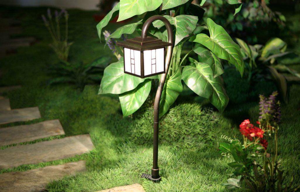 おしゃれで明るい12Vライト:BERKLEY ガーデンライト  / エクステリアライトSHOP